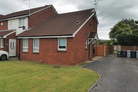 1 bedroom flat to rent - Sheringham Drive, Crewe