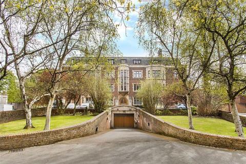 2 bedroom penthouse for sale - East Heath Road, Hampstead