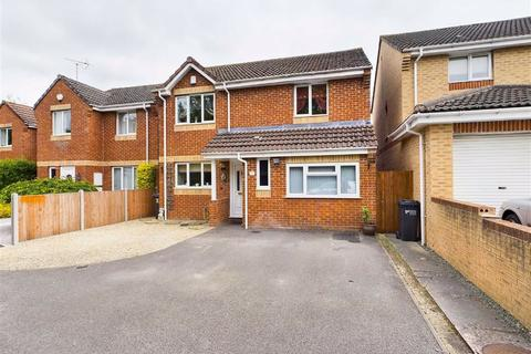 4 bedroom detached house for sale - Arrowsmith Drive, Stonehouse