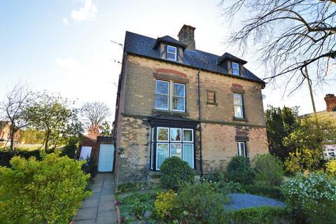2 bedroom apartment to rent - Melton Road, Oakham