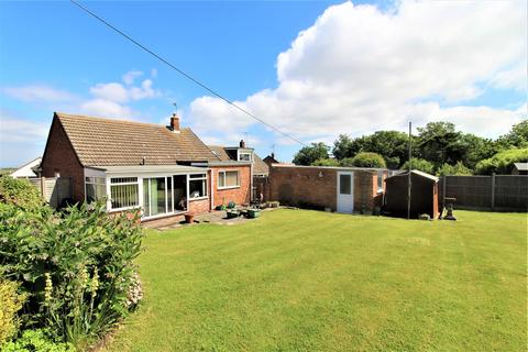 3 bedroom bungalow for sale - Highfield Road, Minster On Sea, Sheerness