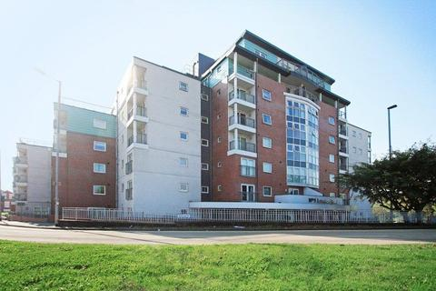 2 bedroom apartment to rent - Trinity Court, No 1 London Road