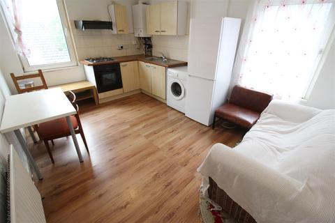 2 bedroom house to rent - Lochaber Street, Roath, Cardiff