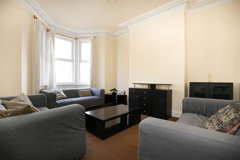 5 bedroom terraced house to rent - Mundella Terrace, Heaton, NE6