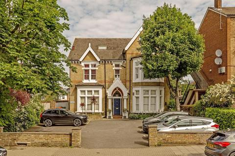2 bedroom flat for sale - Nightingale Lane, London, SW12