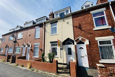 3 bedroom terraced house for sale - Queensway, Goole