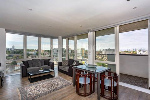 3 bedroom apartment for sale - Naval House, Woolwich Riverside, SE18
