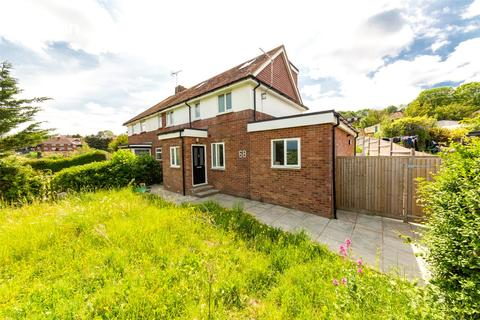 6 bedroom semi-detached house to rent - Fernhurst Crescent, Brighton, BN1