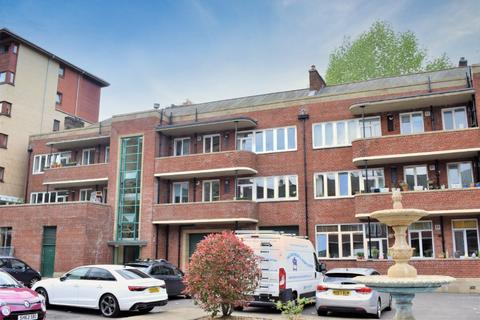 3 bedroom flat for sale - Mingarry Street, Flat 1/2, North Kelvinside, Glasgow, G20 8NS