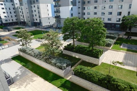 3 bedroom flat to rent - Western Harbour Midway, Edinburgh EH6