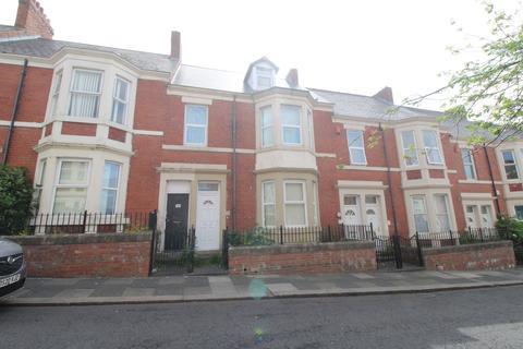 4 bedroom flat for sale - Strathmore Crescent, Benwell, Newcastle upon Tyne, Tyne and Wear, NE4 8UB