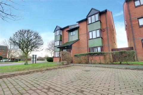 2 bedroom flat for sale - Maltby Drive, Enfield, EN1