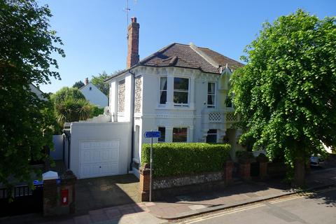 3 bedroom semi-detached house for sale - Cambridge Road, Worthing, West Sussex, BN11