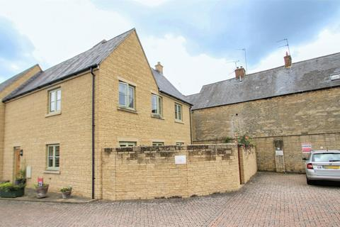 4 bedroom end of terrace house for sale - Kernahan Way, Witney, OX28