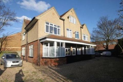 6 bedroom block of apartments for sale - Heneage Road, Grimsby, Lincolnshire, Dn32