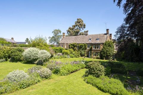 7 bedroom detached house to rent - Southrop House, Hook Norton