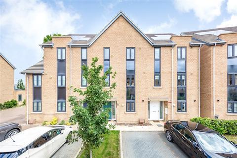4 bedroom terraced house for sale - Stephen Jewers Gardens, Barking, IG11