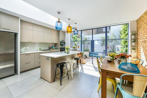 5 bedroom end of terrace house for sale - Rosaline Road, London