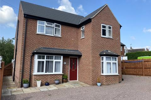 4 bedroom detached house for sale - Beacon Hill Road, Newark, NG24