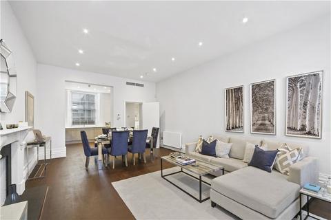 3 bedroom ground floor flat to rent - South Eaton Place Belgravia SW1W