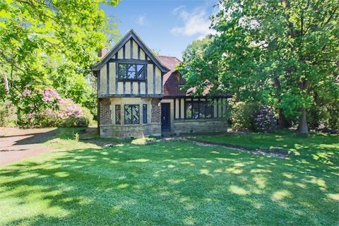 3 bedroom detached house for sale - Homestall Road, Ashurst Wood, East Sussex