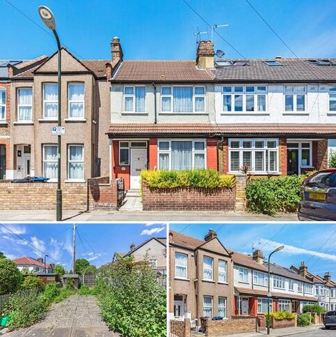 3 bedroom semi-detached house for sale - Fortescue Road, London SW19