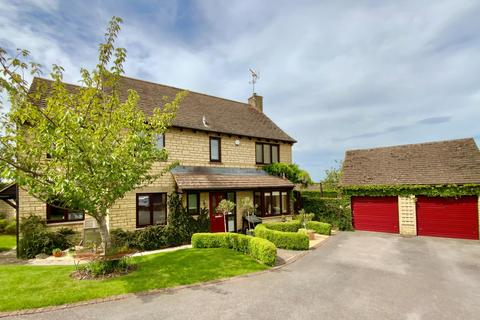 5 bedroom detached house for sale - West Hay Grove, Kemble, Cirencester
