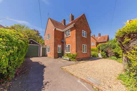3 bedroom detached house for sale - Bulford Road, Tidworth, SP9