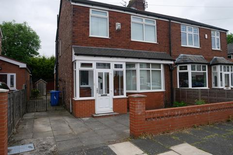 3 bedroom semi-detached house to rent - St Georges Road, Stretford, Manchester