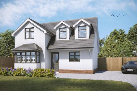 3 bedroom detached house for sale - Southend Road, Howe Green, CM2 7TS