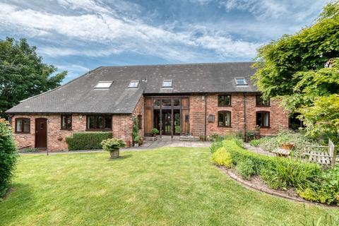 4 bedroom barn conversion for sale - Tutnall Lane, Tutnall, Bromsgrove, B60 1NA
