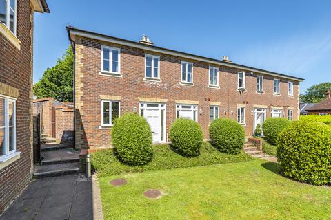 2 bedroom end of terrace house to rent - Malmesbury Gardens, Winchester
