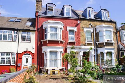 5 bedroom terraced house for sale - Alexandra Park Road, London, N22