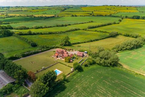 5 bedroom detached house for sale - Nether Winchendon, Buckinghamshire