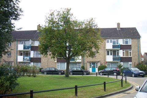 2 bedroom maisonette to rent - Southbury Avenue, Enfield