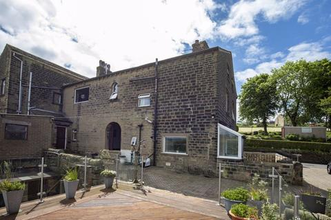 4 bedroom barn conversion for sale - Clough Farm, Pinfold Lane, Boulderclough HX6 1NJ