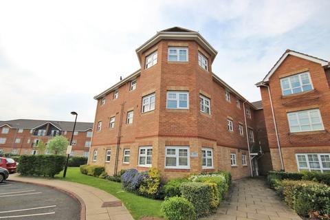 2 bedroom apartment to rent - Hampton Court Way, Widnes, WA8