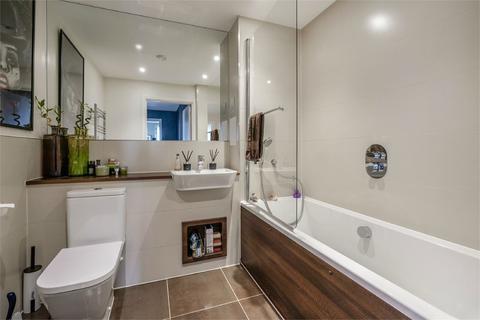 2 bedroom detached house for sale - Flat 24  Warton Court, All Saints Road, LONDON, W3