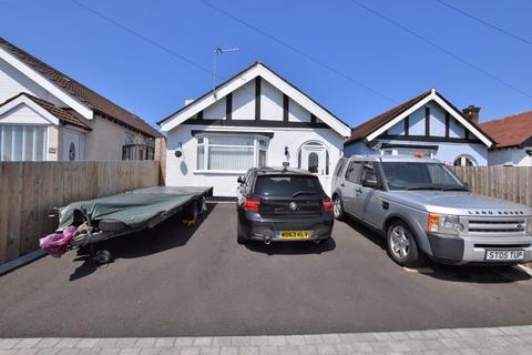 2 bedroom detached bungalow for sale - Douglas Drive, Moreton,Wirral