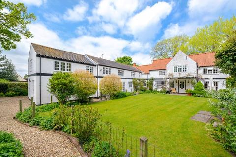 7 bedroom detached house for sale - No. 6 & 6A Bunkers Hill, Hemswell DN21 5UE