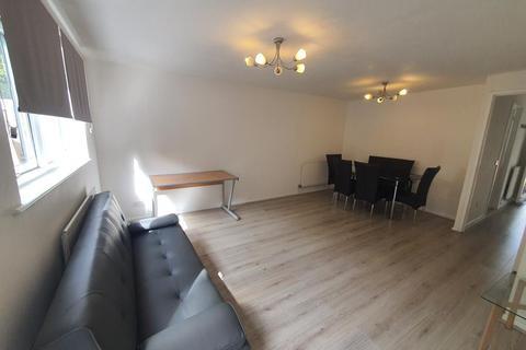 3 bedroom semi-detached house to rent - Taeping Street, Isle of Dogs, Mudchute, London, E14 9UT