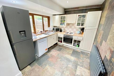 3 bedroom semi-detached house for sale - Alexandra Road, Gorseinon, Swansea, SA4 4NX