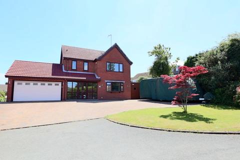 4 bedroom detached house for sale - York Avenue, Fulford
