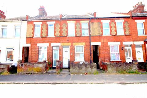 3 bedroom terraced house for sale - Spencer Road, Luton