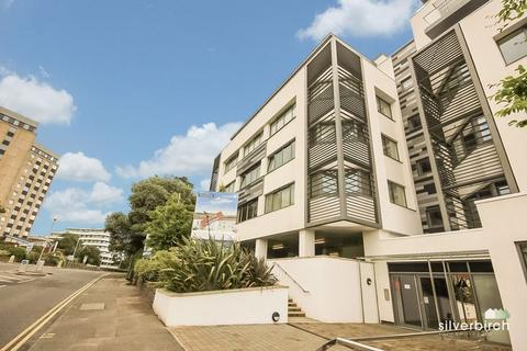 2 bedroom apartment to rent - Parkstone Road, Poole