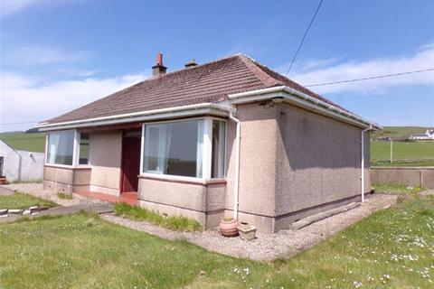 2 bedroom detached bungalow for sale - Auchaleek, Campbeltown
