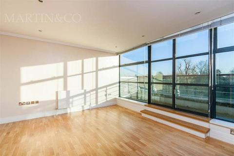 2 bedroom flat to rent - Albany Parade, High Street, Brentford, TW8