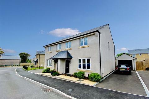 3 bedroom semi-detached house for sale - Regard Close, Wall Park, Brixham, TQ5