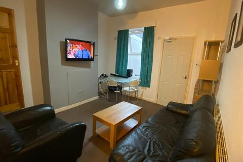 3 bedroom house share to rent - Dale Road, Selly Oak, Birmingham, West Midlands, B29