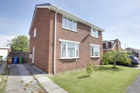 2 bedroom semi-detached house for sale - Birchwood Avenue, Hull